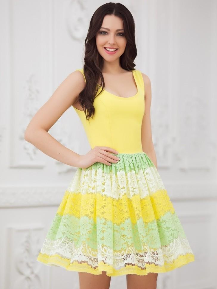 d60a254b103 Купить платье без рукавов с кружевом и юбкой солнце eva 5204 золотое ...