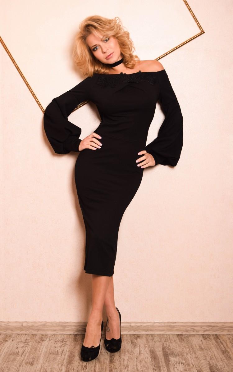 55c714a7e50 Купить платье футляр с длинным рукавом jdn3 черное в интернет ...