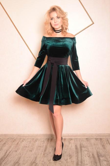 d893bca9ca6 Короткое платье с поясом и юбкой солнце Ким зеленое